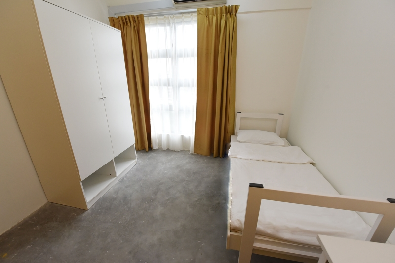 Apartment-B Room2